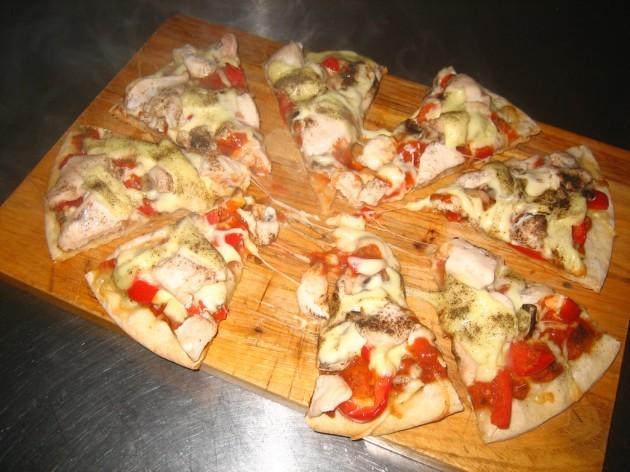 Chicken Pizza Cut Pieces