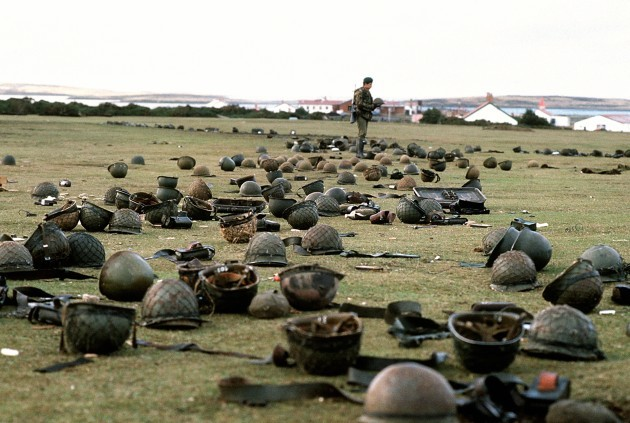 The Falklands War - British Army - Goose Green - 1982