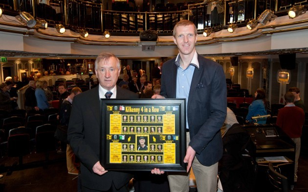 Rackard Cody presents a Kilkenny 4 in a row framed picture to Henry Shefflin