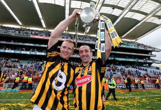 Henry Shefflin and Eoin Larkin celebrate after the game
