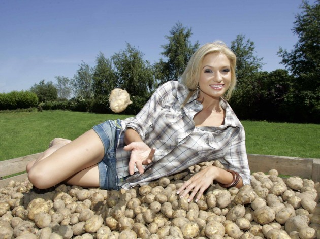 SuperValu new season Irish Potatoes. Top model Sarah Morrissey helps SuperValu announce that the first new season Irish potatoes will be delivered to over 190 stores nationwide this week.