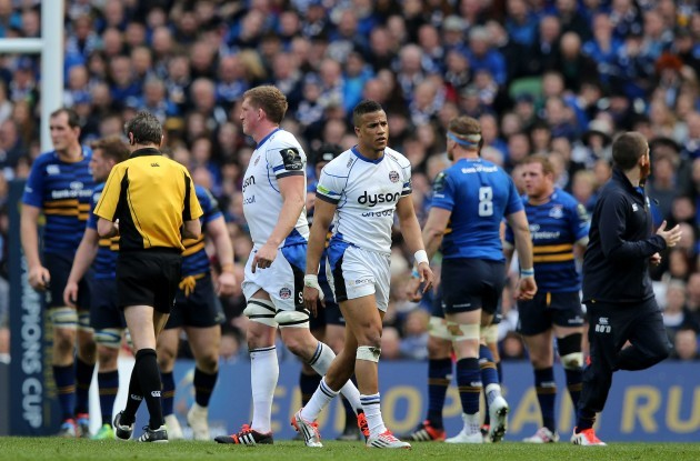 Anthony Watson leaves the pitch after being sin binned