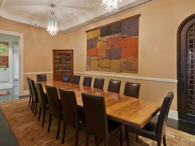 the-formal-dining-room-comfortably-seats-14-people