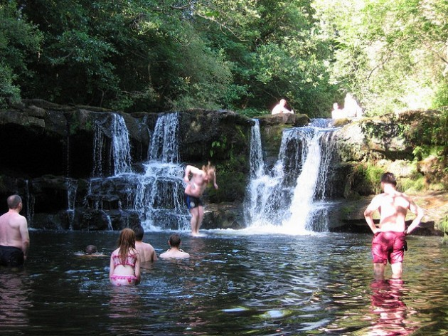 JK walks on water - Swimming at Clare Glens