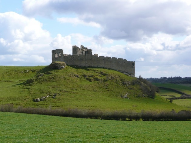 Roche_Castle_from_North_West_1