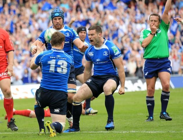 Fergus McFadden shouts after Brian O'Driscoll scores