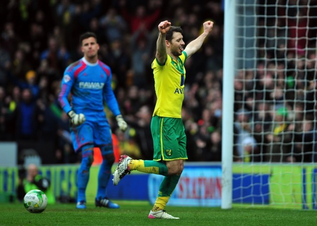 Soccer - Sky Bet Championship - Norwich City v Nottingham Forest - Carrow Road