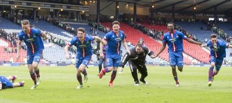 Soccer - The William Hill Scottish Cup - Semi Final - Inverness Caledonian Thistle v Celtic - Hampden Park
