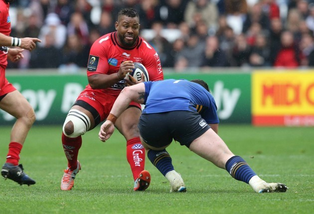 Steffon Armitage is tackled by Cian Healy