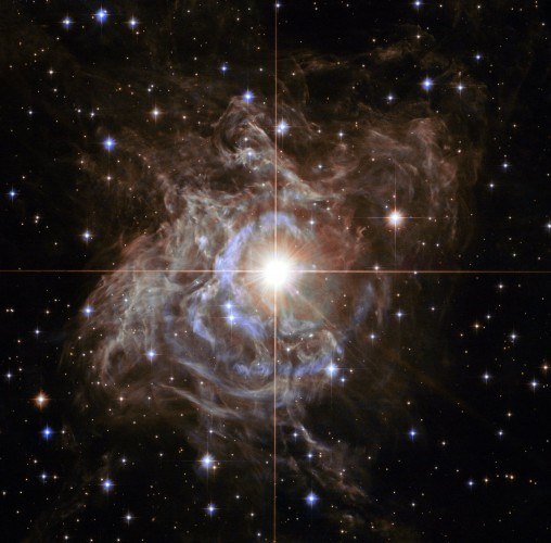 what-youre-seeing-at-the-center-of-this-hubble-image-is-a-very-important-type-of-luminous-star-called-a-cepheid-variable-before-hubble-astronomers-had-only-a-vague-idea-of-the-age-of-the-universe-