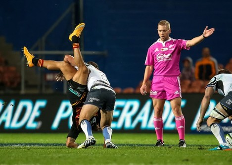 Tim Nanai-Williams is tackled by Ian Prior