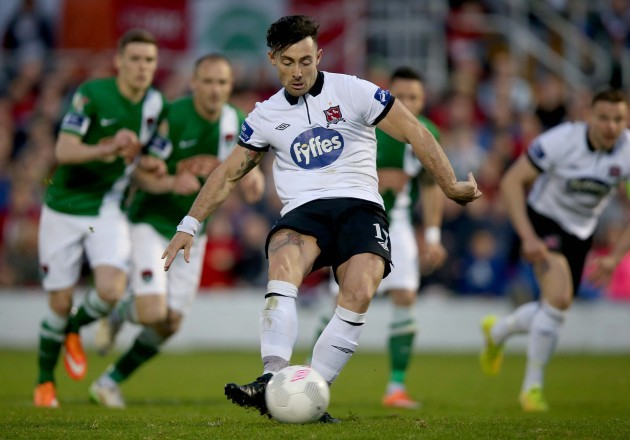 Richie Towell scores his side's second goal from the penalty spot