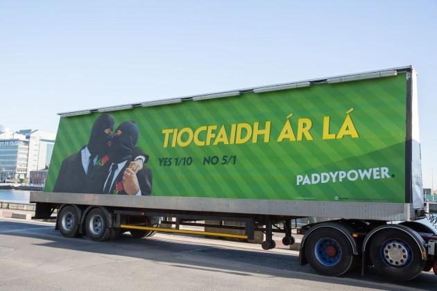 Paddy Power Tiocfaidh Ár Lá-6