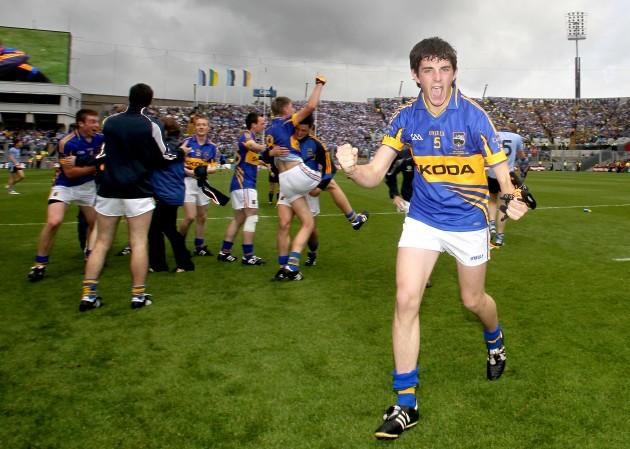 Colin O'Riordan celebrates