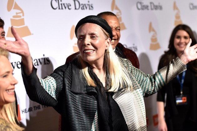 People Joni Mitchell Hospitalized