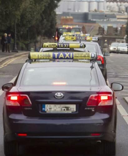 taxi 2 pixel
