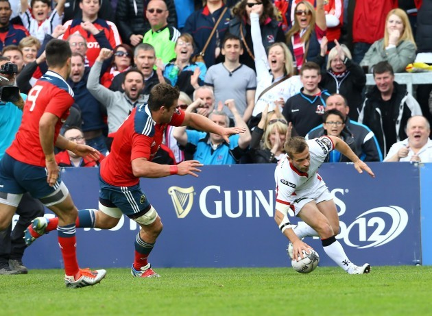 Paul Marshall scores a try