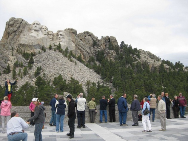 mount-rushmore-visitors-center