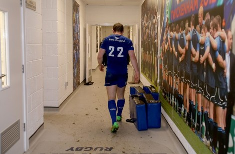 Gordon D'Arcy leaves the RDS pitch for the final time