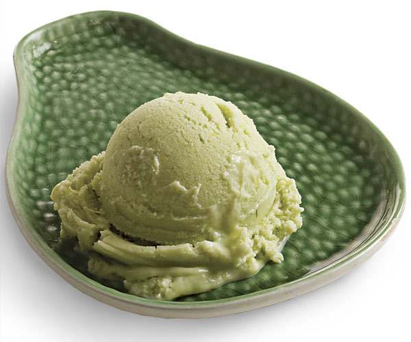 051103049-01-avocado-frozen-yogurt-recipe_xlg
