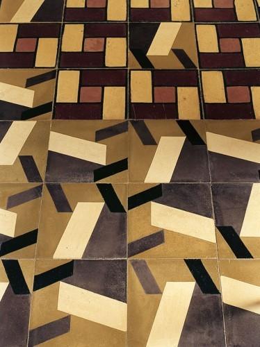 casa-delpin-detail-floor-tiles