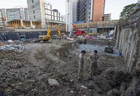 BOMB DISPOSAL EXPERTS TACKLE WW2 BOMB IN WEMBLEY