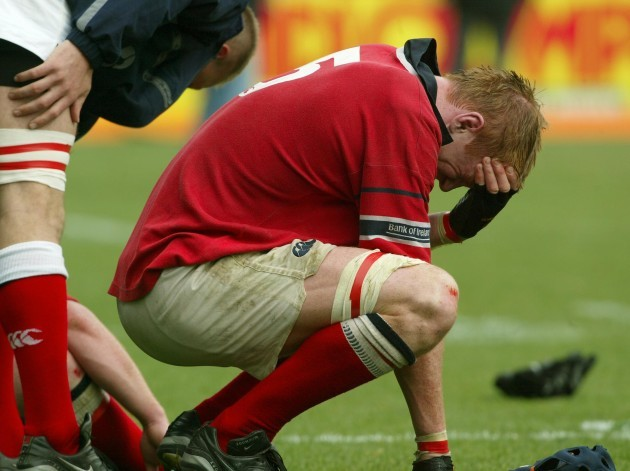 Paul O'Connell cries at the end of the game