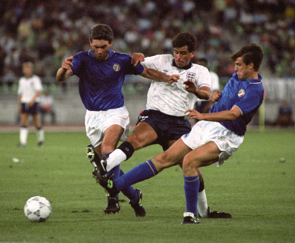Soccer - World Cup Italia 90 - Third Place Play-off - Italy v England