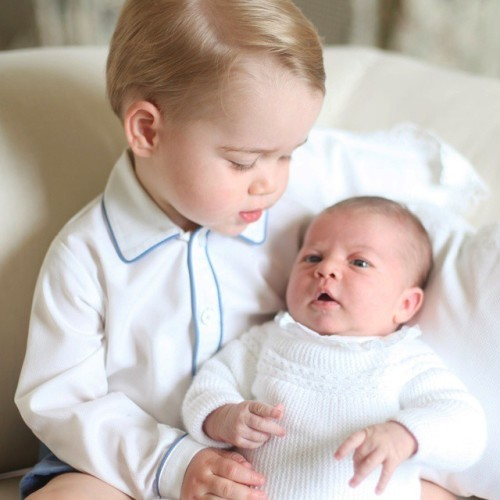 We're delighted to share the first photo of Prince George with his little sister Princess Charlotte. #WelcomeToTheFamily This photograph is the first of four official photographs being released today, taken by The Duchess of Cambridge in mid-May.
