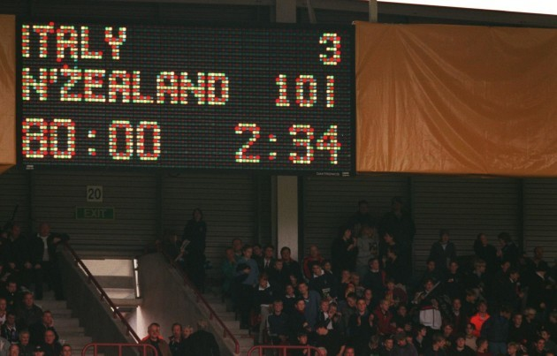 Rugby Union - Rugby World Cup 99 - Pool B - New Zealand v Italy