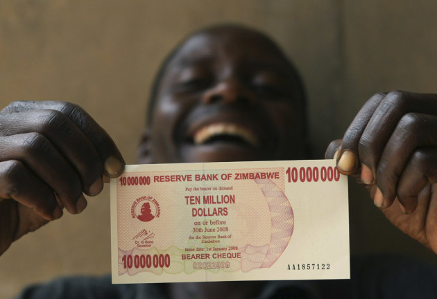 Zimbabweans Hit Back At South Africa Burning Out South: Zimbabwe Is Now Exchanging 40 US Cents For