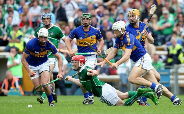 Patrick Maher, John O'Dwyer, Seamus Callanan and Niall O'Meara with Seamus Hickey