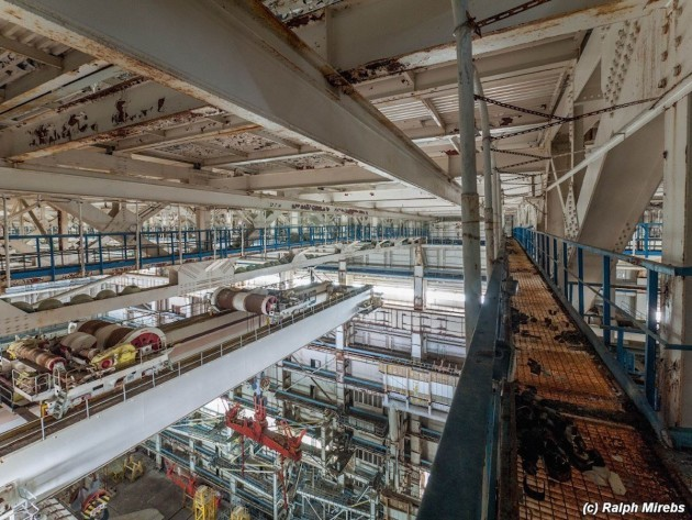 according-to-mirebs-the-buildings-support-beams-shown-below-were-made-from-special-steel-that-could-withstand-the-shockwave-if-there-was-an-explosion-during-construction