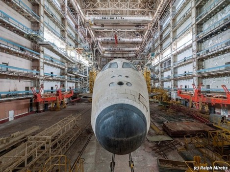 it-looks-like-the-birds-missed-the-second-shuttle-facing-the-opposite-end-of-the-hangar