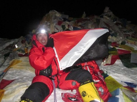 sealand-has-picked-up-a-cult-following-over-the-years--heres-british-climber-kenton-cool-unveiling-the-flag-at-the-top-of-mount-everest