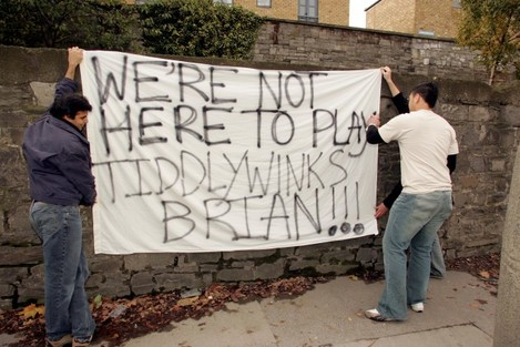 All Blacks fans display a message to Brian O'Driscoll