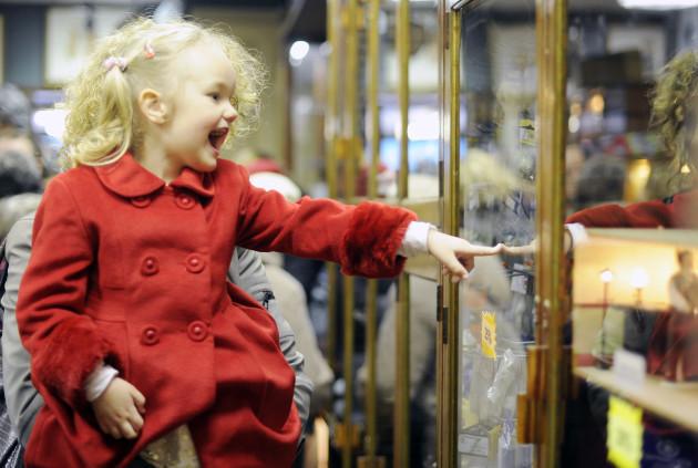 Dolls Hospital Closes Down