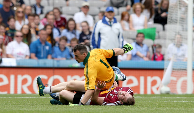 Patrick OÕRourke colides with Kieran Martin late in the game resulting in a red card
