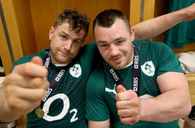 Jamie Heaslip and Cian Healy celebrate