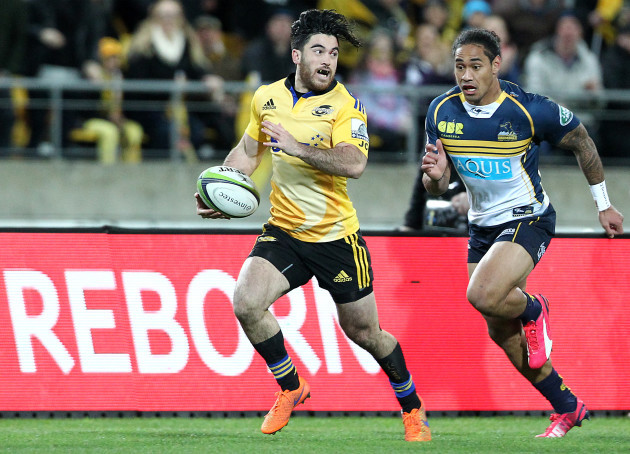 Nehe Milner-Skudder makes a break