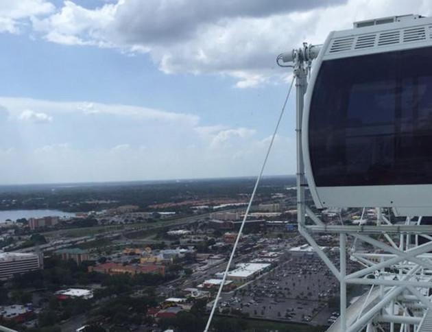 Ferris Wheel Stuck