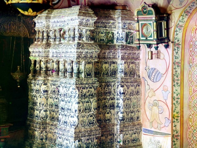 rostov-an-old-russian-town-northeast-of-moscow-stood-as-the-capital-of-kyivan-princes-who-moved-into-russia-the-photograph-here-shows-the-intricacies-of-a-ceramic-porcelain-stove-photographed-in-the