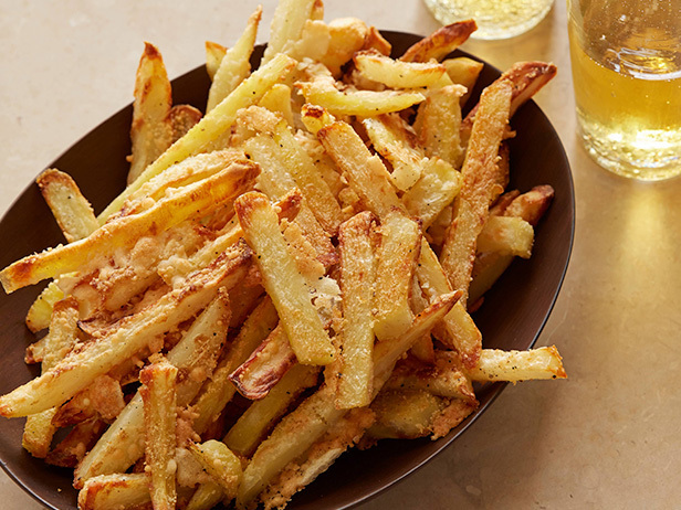 MO0606H_oven-baked-parmesan-fries_s4x3