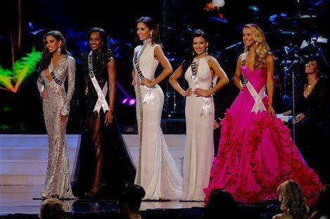 Brittany McGowan, Mame Adjei, Anea Garcia, Ylianna Guerra, Olivia Jordan