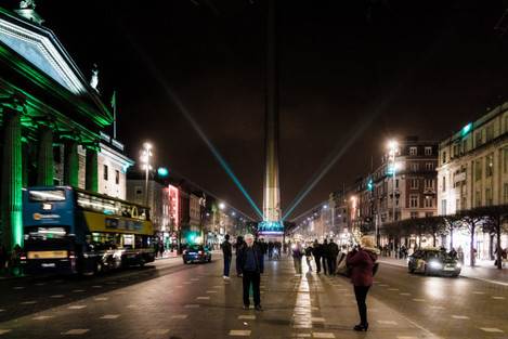 ST. PATRICK'S SPIRE OF LIGHT ON O'CONNELL STREET IN DUBLIN REF-102050