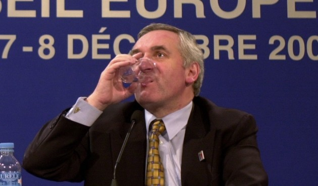 BERTIE AHERN AT EU SUMMIT IN NICE 2000 NICE TREATY