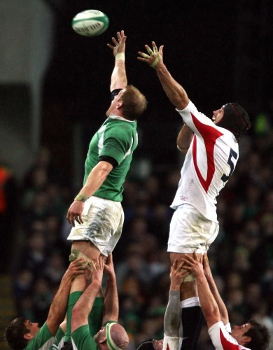 General view of a lineout