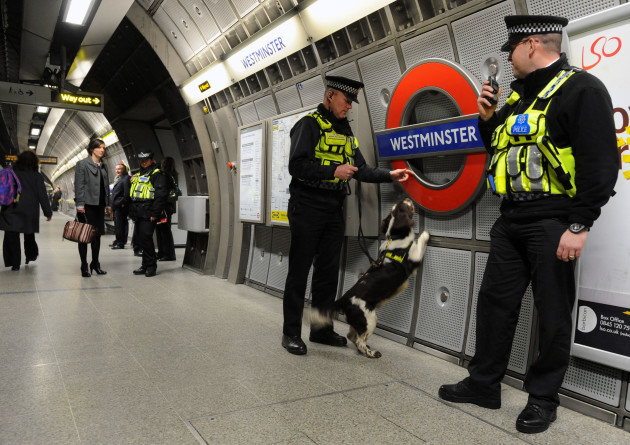 Police digital radio working in all tube stations