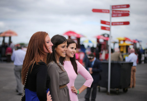 Mireia Frances, Deborah Mirelles and Caroline Sanz