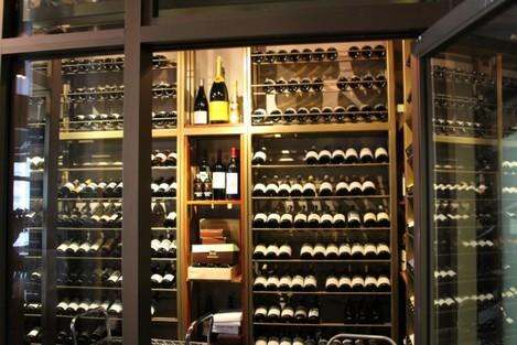 unique-wine-fridges-explore-attractive-features-associated-with-prominent-wine-fridges